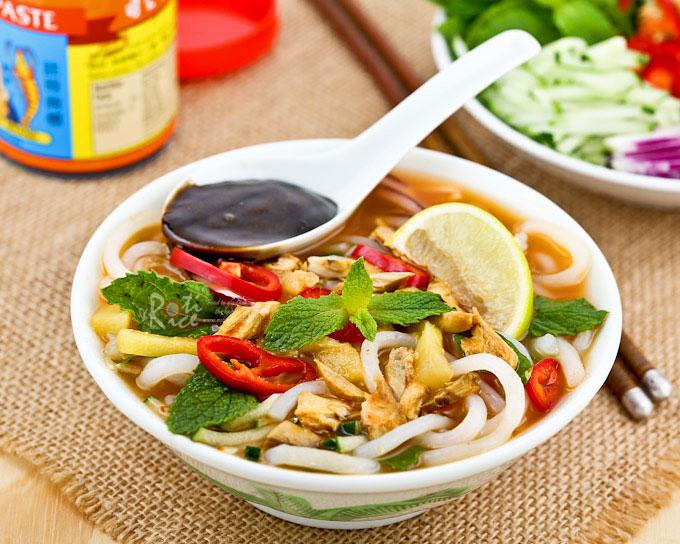 North eastern cuisine - Laksa